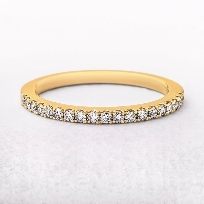0.22ct Yellow Gold Diamond Castel Set Wedding Ring