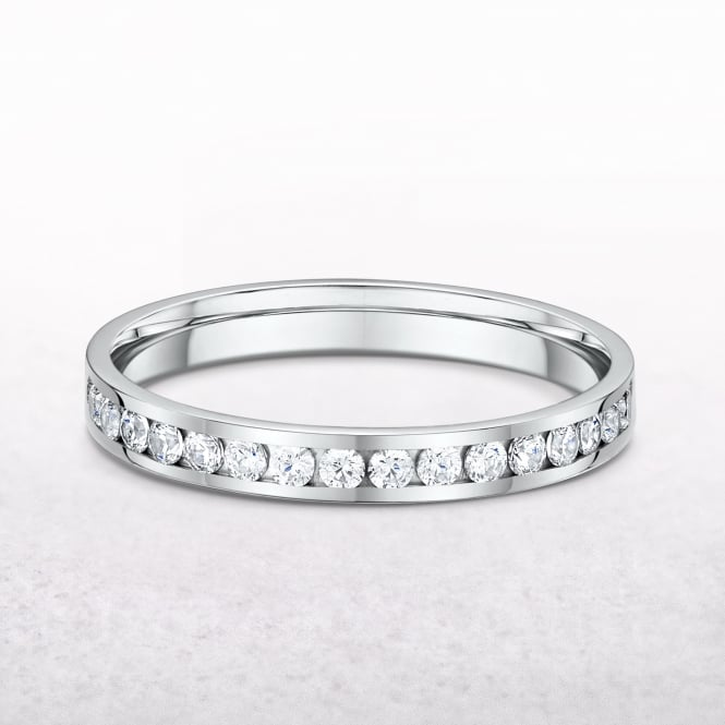 0.29ct Platinum Diamond Set Channel