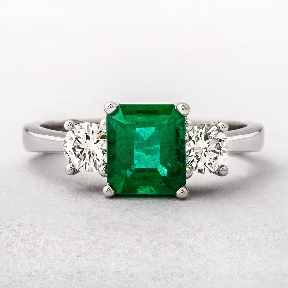 gold emerald dress image avanti diamond womens stone and engagement green ring rings three white
