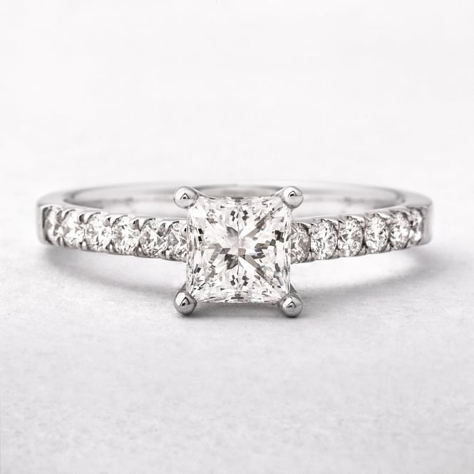 0.75ct Princess Cut Diamond Solitaire Engagement Ring