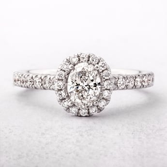 0.85ct White Gold Oval Cut Diamond Ring