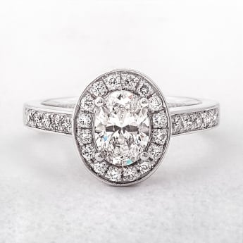 0.91ct Platinum Solitaire Oval Halo Diamond Ring