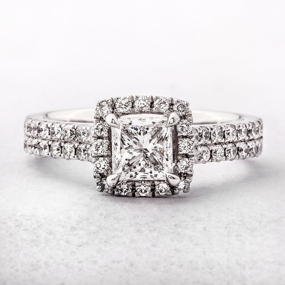 engagement princess ring a with diamondland diamond jewelry cut rings