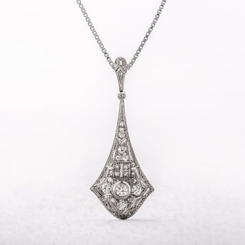 Edwardian Diamond Pendant Necklace
