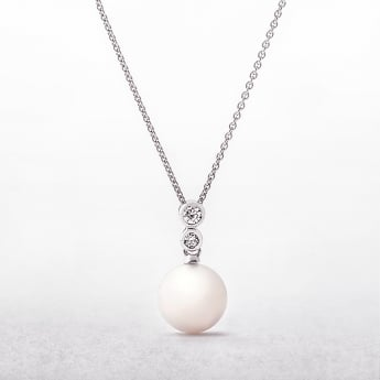 Freshwater Round Pearl & Two Cubic Zirconas Silver Pendant