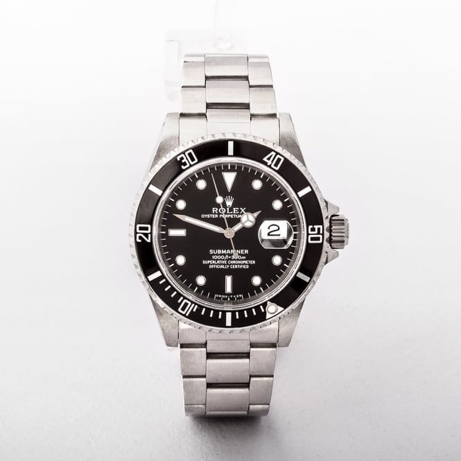 Gents 2000 Rolex Submariner with Black Dial Oyster Stainless Steel Bracelet Original Rolex Box